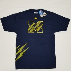 Michigan Wolverines tee.